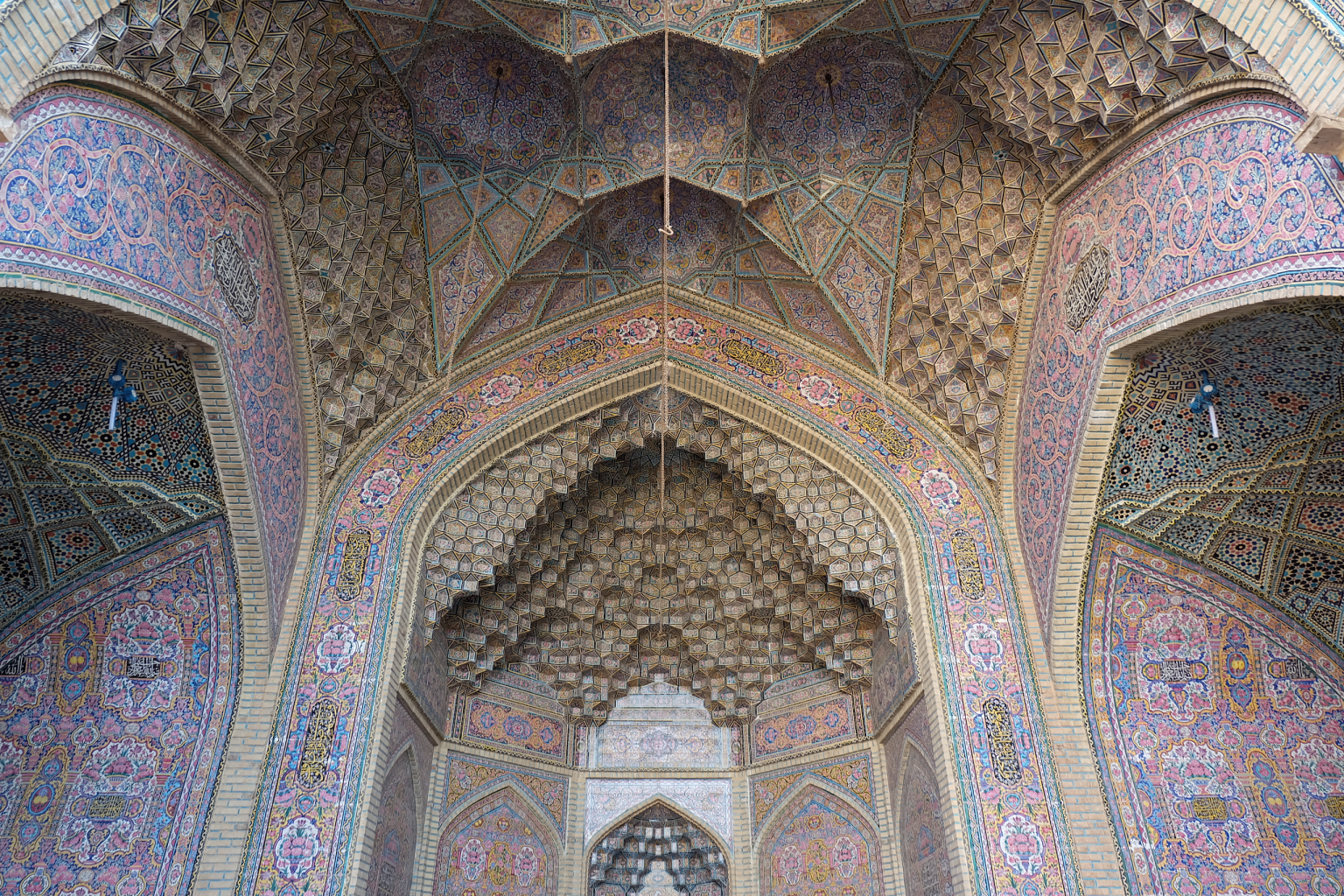 Iwan - Pink Mosque